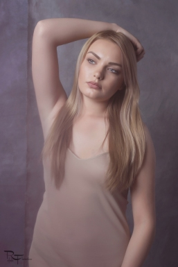 vintage3-petronia-makeupartist